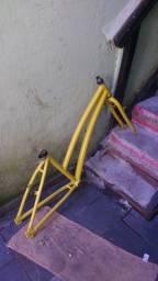 Vendo quadro de bicicleta de alumínio aro 26