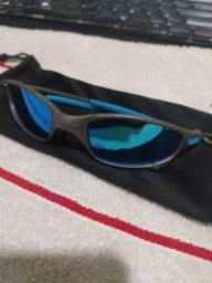 Título do anúncio: Óculos Oakley cinza e azul claro
