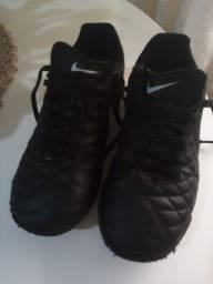 Chuteira oficial da Nike