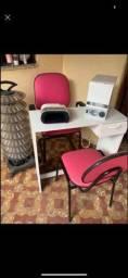 Tripe e mesa de manicure