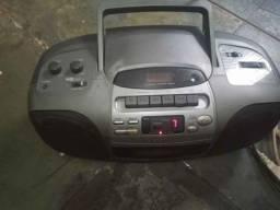 Aparelho de som Aiwa rádio cd e K7 funcionando. 120 reais