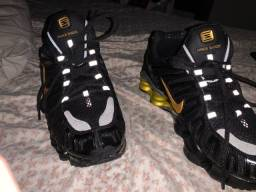Tênis Nike shox 12 molas
