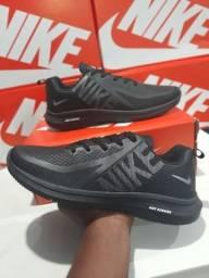 Tênis Nike Running Novo