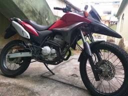 Venda uma moto em perfeita condições