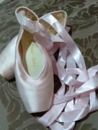 Sapatilha de ballet com ponta