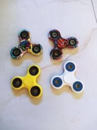 4 Hand Spinner (Usado).