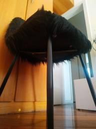 Cadeira Felpuda Preta