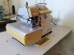 Máquina de costura Overloque 5 fios