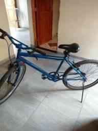 Vendo bike em perfeito estado.