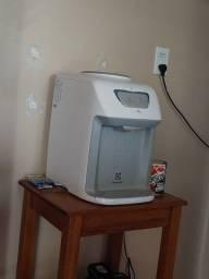 Bebedouro Electrolux