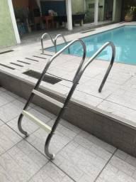 Escada piscina