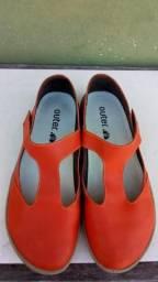 """Vendo este sapato de couro dá marca """"OUTER""""novo"""