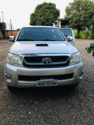 Toyota Hilux SRV 3.0 4x4 automático - 2009
