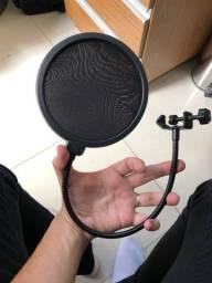 Pop filter (filtro anti-pop/puf)