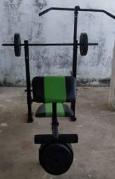 Estação de Musculação - Barra e anilhas