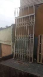 Portão/porta Pantográfica (Estilo elevador antigo)