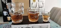 Kit Caveira - Caneca de Chopp, Copo de Whisky e Copo de shot