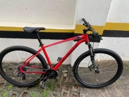 Bike Specialized Rockhopper ( comprada em Julho )