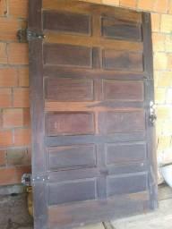 Vendo porta de canela 122x200 com chave