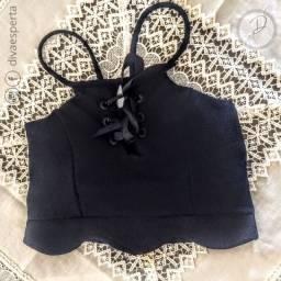 Cropped Curto Preto com Bojo e Amarração Fita - Tam.M