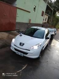 Peugeot 207 - Básico - 2013