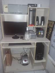 Mesinha de computador