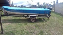 Barco rebok e motor