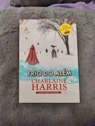 """Livro """"Frio do Além"""" da Charlaine Harris"""