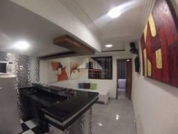 Apartamento quadra da praia de Copacabana