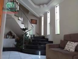 Sobrado à venda, 350 m² por R$ 650.000,00 - Residencial Virgínia Correa - Anápolis/GO