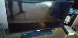 Vendo uma smart tv Samsung  40 polegadas valor  70,00