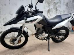 Moto XRE 300 Extra
