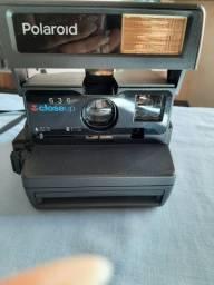 Máquina Polaroid antiga