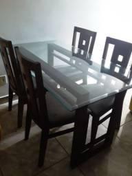 Mesa com 4 Cardeira