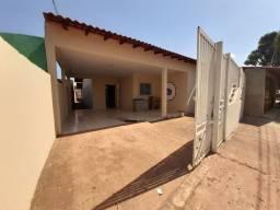 Aluga-se está casa na rua uruara