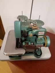 Máquina overlock semiindustrial