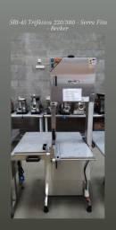 Título do anúncio: SBL 45 Serra Fita Para Carnes Trifásica 220/380 Lâmina 3,25m - Becker