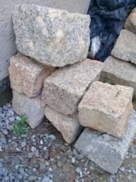 Vendo Cabeça de Pedra.
