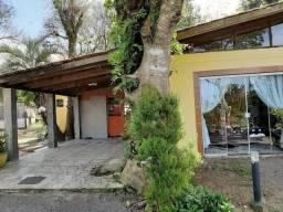 Velleda oferece sítio 1200m², casa 3 dormitórios, condomínio fechado, piscina e galpão