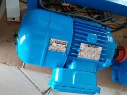 Motor elétrico com freio 2cvs 4 polos