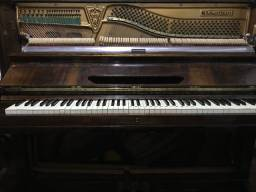 Piano M. Schwartzmann Regulado e Afinado