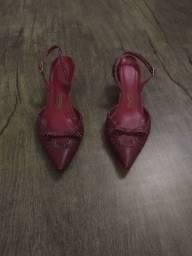 Sapato vermelho 34