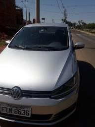 Volkswagen  Fox completo carro de procedência!