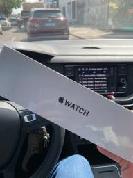 Apple Watch Series 6 SE