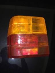 Lanterna traseira Fiat Uno