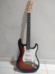 Guitarra Auburn semi nova