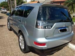 SUV Outlander 2.4 4WD