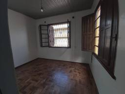 Casa 02 dormitórios central