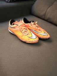Chuteira Nike sintetico
