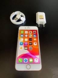 IPhone 8 64GB Dourado bem conservado divido no cartão até 12X